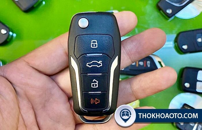 chìa khóa gập ô tô