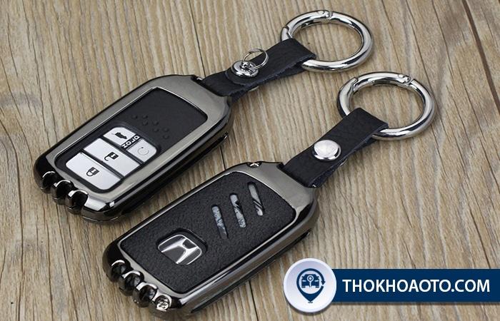 Ốp chìa khóa ô tô bằng inox đẹp