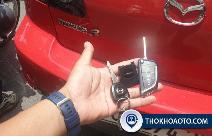 chìa khóa điện xe mazda 3