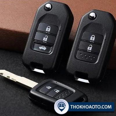 độ chìa khóa gập ô tô