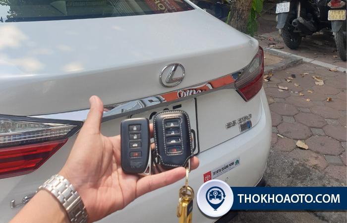 Làm chìa khóa xe Lexus