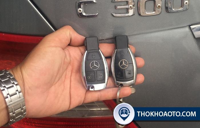 Làm chìa khóa xe Mercedes - Thợ Khóa Ô Tô